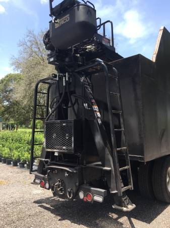 Peterbilt 357 grapple Truck for Sale, tampa bay FL