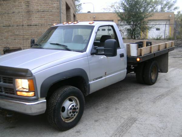 2000 Chevy Silverado k3500 3500HD flatbed plow truck for