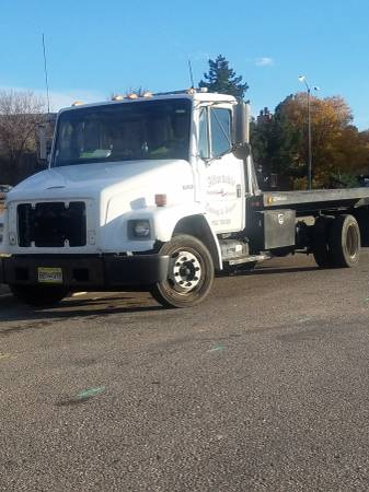 flat bed tow truck 20 000 for sale all over co. Black Bedroom Furniture Sets. Home Design Ideas