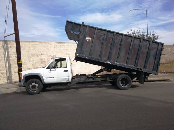 2000 chevy 3500hd dump truck new engine for Sale, Glendora CA