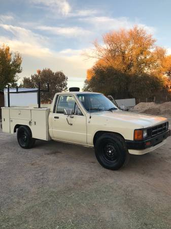 toyota pickup 1984