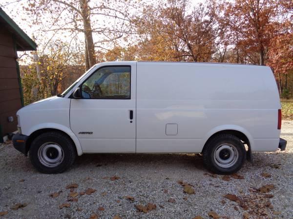 2000 Chevrolet Astro Cargo Van for Sale, Troy, MO MO