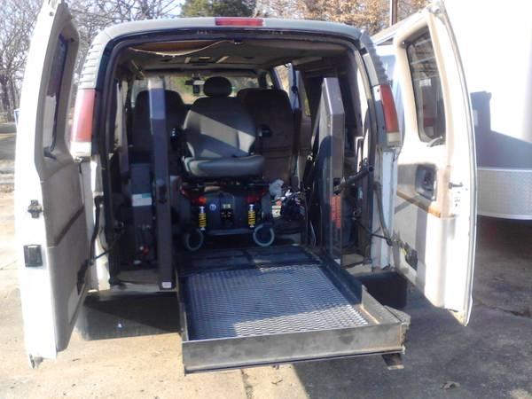 Chevrolet Handicap Vans For Sale 25 Listings Secondlifetruck